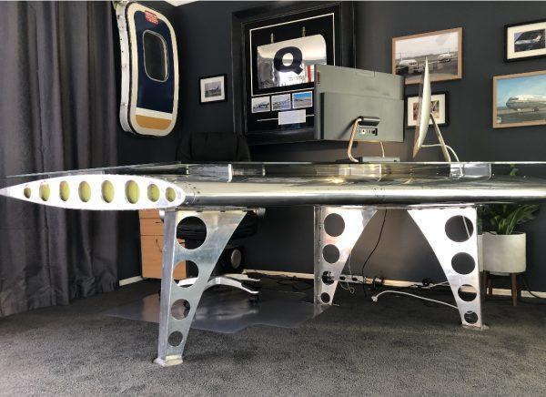 AViART wing desk